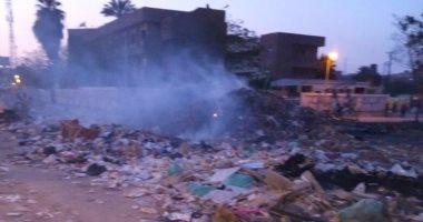 شكاوى من حرق القمامة بشارع مسجد الهدى فى بشتيل