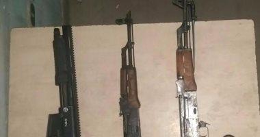 المشدد 3 سنوات لعاطلين بتهمة حيازة سلاح نارى وإصابة موظف فى المرج