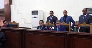جنايات القاهرة تقضى ببراءة متهمين بقتل مواطن أخذا بالثأر