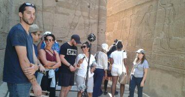 قناة ديسكفرى الأمريكية تصور حلقة عن المعالم السياحية بأسوان