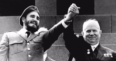 الزعيم السوفيتى نيكيتا خروتشوف يصبح أول سكرتير عام للحزب الشيوعى