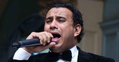 """محمود الليثى: الفن الشعبى مظلوم.. و""""لقائى بمراتى أحلى لحظة فى حياتى"""""""