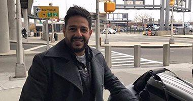 بالصور.. محمد حماقى يصل نيويورك لاستلام جائزة  بيج أبل  كأحسن مطرب 2016 -