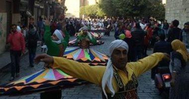 متحف النسيج ينظم فعاليات ثقافية وفنية بمناسبة يوم اليتيم