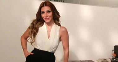 """بعد """"حكايتى"""".. سارة نخلة تقابل آسر ياسين بـ""""شبر مية"""""""