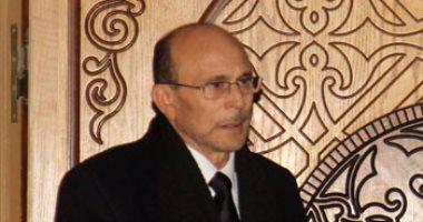 محمد صبحى وإيمى ودنيا سمير غانم وأحمد السعدنى يشاركون فى عزاء فاروق الفيشاوي