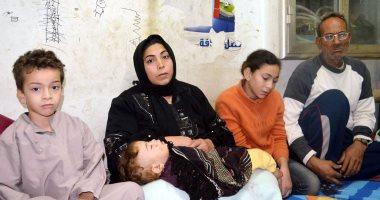 """بالفيديو والصور.. معاناة """"بواب"""" يسكن فى كشك كهرباء بالغربية لديه 7 أبناء ومريض بالكبد"""