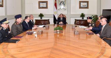 السيسى يرأس اجتماعا أمنيا بحضور رئيس الوزراء ووزيرى الدفاع والداخلية