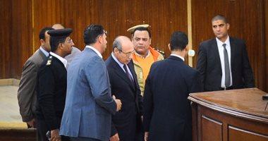 """تعرف على اتهام جديد أضافته النيابة للعادلى بـ""""الاستيلاء على أموال الداخلية"""""""