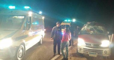 إصابة عروسان وطفلة فى حادث انقلاب سيارة زفافهما ببنى سويف