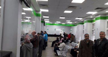 فيديو..وفد الأحوال المدنية يستخرج بطاقتين لمصريين مرضى بإحدى مستشفيات السعودية