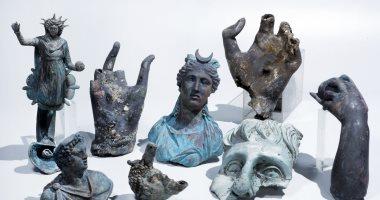 مباحث السياحة والآثار تضبط تشكيلا عصابيا بحوزته 488 قطعة أثرية