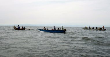 غرق اثنين من عمال الانقاذ إثر انقلاب قاربهما قبالة ساحل أستراليا