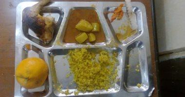 طلاب المدينة الجامعية بالفيوم يطالبون بتحسين الوجبات الغذائية