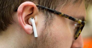 """""""أبديت"""".. تحديث جديد من أبل لسماعات AirPods اللاسلكية"""