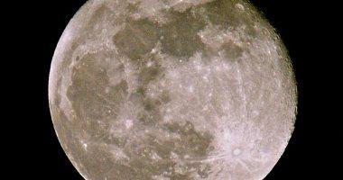 دراسة جديدة تكشف مراحل تكوين القمر