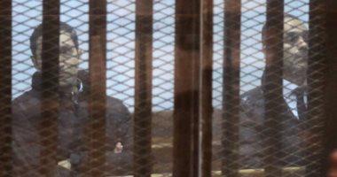 """التحفظ على علاء وجمال مبارك وحسن هيكل وترحيلهم لطرة بقضية """"التلاعب بالبورصة"""""""