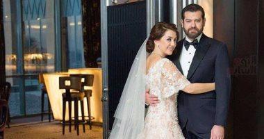 """ننشر دعوة """"عمرو وكندة"""" لمعازيم حفل زفافهما يوم الجمعة المقبل فى أسوان"""