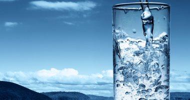 8 فوائد صحية لشرب الماء الدافئ بشكل يومى.. أبرزها النوم العميق