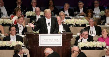 بالفيديو..شاهد كيف هاجم ترامب النخبة وكلينتون والإعلام بالنكات