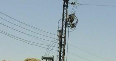 """""""كهرباء مصر العليا"""": تغيير المحولات وإنشاء مغذيين بقرية السلام بالأقصر"""