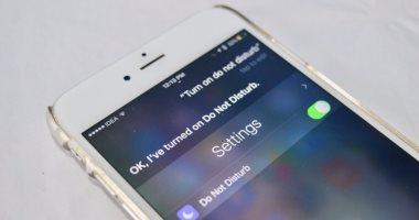 تقرير: هواتف آيفون القادمة ستوفر Google Assistant بدلا من سيرى