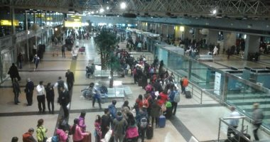مطار القاهرة يستقبل 227 سائحا صينيا وإندونيسيا قادمين من الإمارات