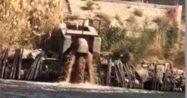 بالفيديو.. مياه الصرف الصحى لمصنع السكر بقنا تصب فى نهر النيل