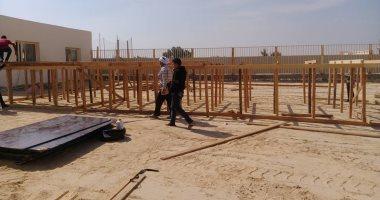 بدائت-تجهيزات مسرح حماقى لحفل غد فى محافظة المنيا