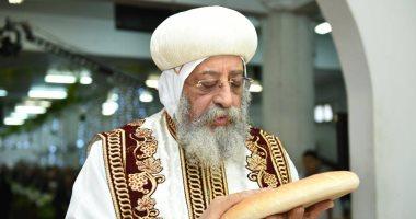 سفير مصر بالكويت: المصريون ينتظرون زيارة البابا تواضروس على أحر من الجمر