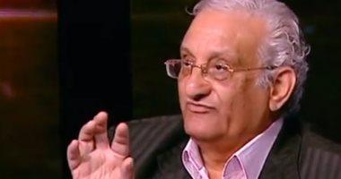 """أحمد حلاوة والد كريم عبد العزيز فى """"البعض لا يذهب للمأذون مرتين"""""""