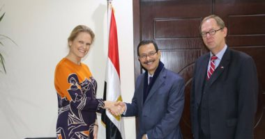 أحمد درويش يبحث مع سفير النرويج الاستثمار بالمنطقة الاقتصادية لقناة السويس