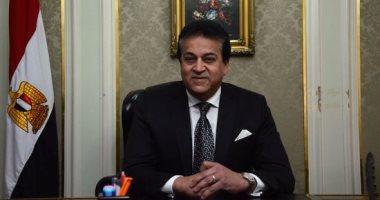 وزير التعليم العالى: أبواب الجامعات المصرية مفتوحة أمام الطلاب الوافدين