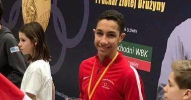البطل المصرى محمد حمزة يحصد برونزية كأس العالم لسلاح الشيش بإيطاليا