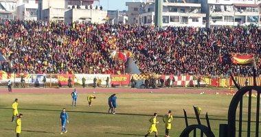 بالصور..لأول مرة بسوريا منذ 2011..30ألفا يحضرون مباراة ديربى اللاذقية