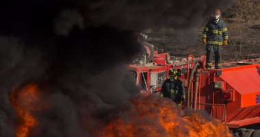 الحماية المدنية تسيطر على حريق نشب بمزرعة مواشى فى المحلة