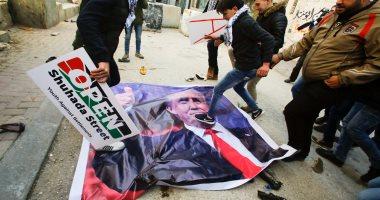 بالصور.. مظاهرات فى الضفة الغربية بفلسطين ضد الرئيس الأمريكى دونالد ترامب