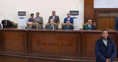 """تأجيل محاكمة 32 متهما بخلية """"ميكروباص حلوان"""" لـ6 أغسطس"""