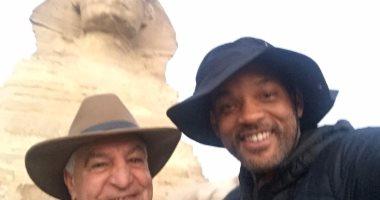 ويل سميث من الأهرامات: أجمل رحلات حياتى.. ولم أتخيل مصر بهذا الجمال
