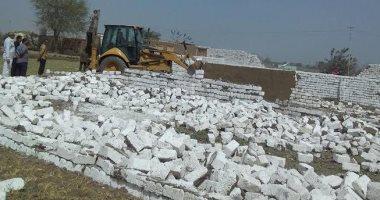 تنفيذ 16 قرار إزالة لتعديات على الأراضى الزراعية جنوب القاهرة