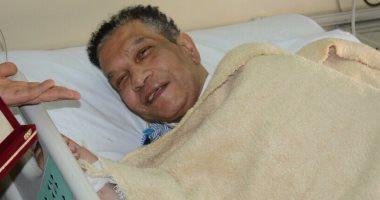 محمد شرف يغادر المستشفى بعد تعافيه ويتجه إلى منزله بالإسكندرية