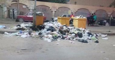 انتشار صناديق القمامة أمام مدرسة الشروق فى بولاق الدكرور
