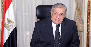 وصول إبراهيم محلب ووزير البيئة ومحافظ الفيوم لحضور رالى وادى الريان