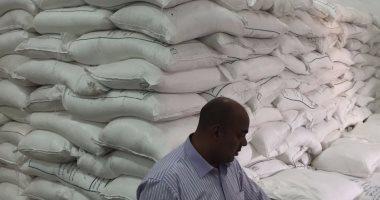 المعمل الكيميائى يحدد مصير صاحب مخزن ضبط بحوزته 6 أطنان أرز مجهولة بالمقطم
