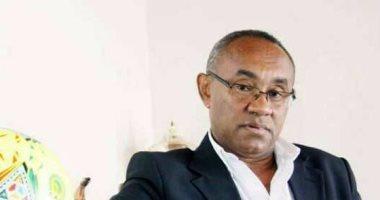 من هو أحمد أحمد الرئيس الجديد للكاف؟