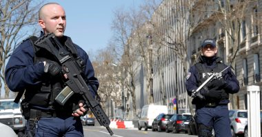 اعتقال 6 أشخاص بفرنسا بتهمة تكوين شبكة لتسفير مقاتلين إلى سوريا