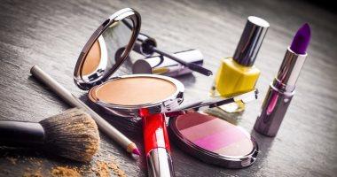 دليلك للعناية بمستحضرات وأدوات التجميل.. لمنع الإضرار ببشرتك