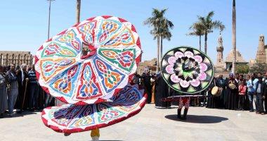 بالصور.. كرنفالات فنية بالأقصر احتفالا بوصول شعلة الثقافة العربية