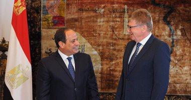 سفير الاتحاد الأوروبى بالقاهرة يقدم أوراق اعتماده للرئيس السيسى