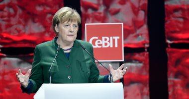 أنجيلا ميركل تحتفظ بالحق فى منع مسؤولين أتراك من الدعاية للاستفتاء فى ألمانيا